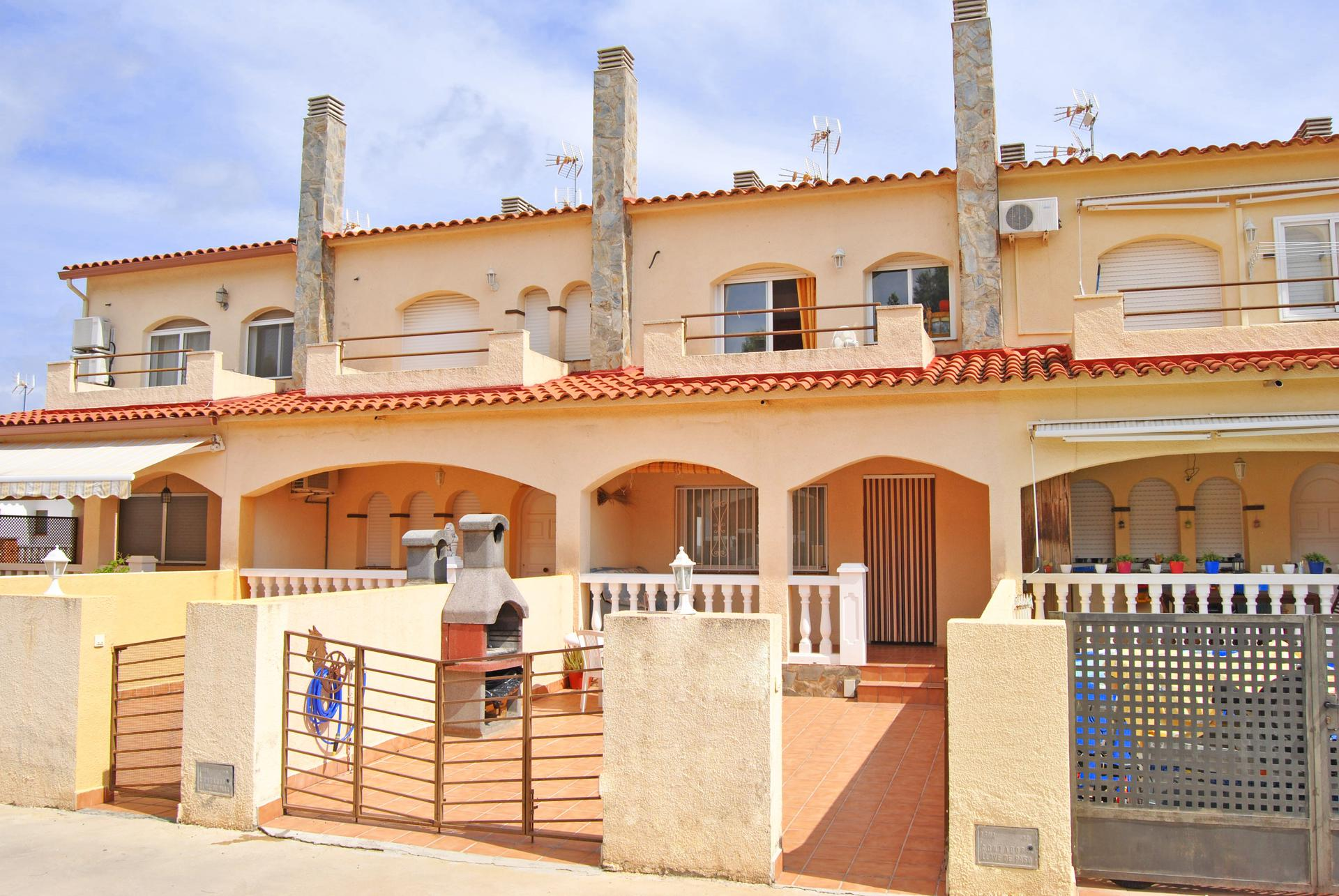 Casa -                                       Mont-roig -                                       2 camere -                                       0 persone